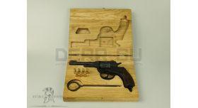 Деревянный футляр для револьвера Наган