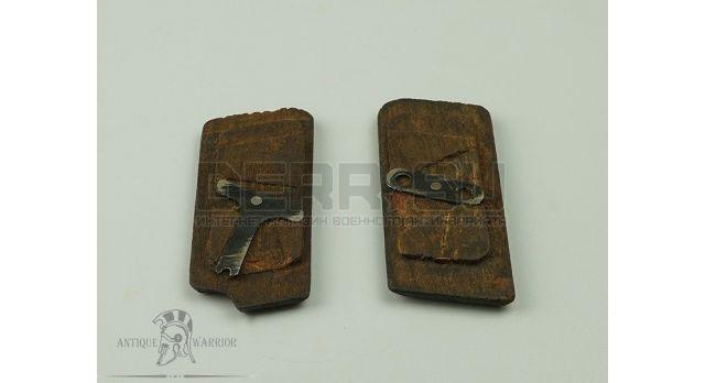 Накладки на рукоятку для пистолета ТТ [тт-24] Дерево узкая насечка комплект (1942-45гг)