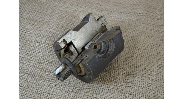 Макет взрывателя для продиводесантной мины ПДМ-1/Учебно-разрезной макет У-ВПДМ-1М [мт-370]