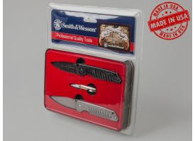 Сувенирный набор ножей «Protected by Smith & Wesson» к 150-летию компании